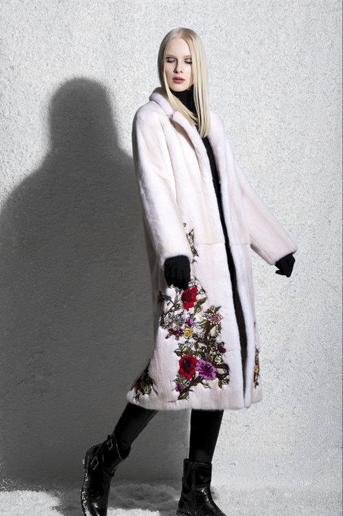 Меховое норковое пальто Via Capella с принтами из меха NAFA