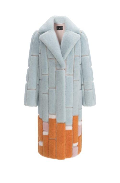 Норковая шуба сапфирово-оранжевого цвета от Эмиля Шабаева из меха NAFA