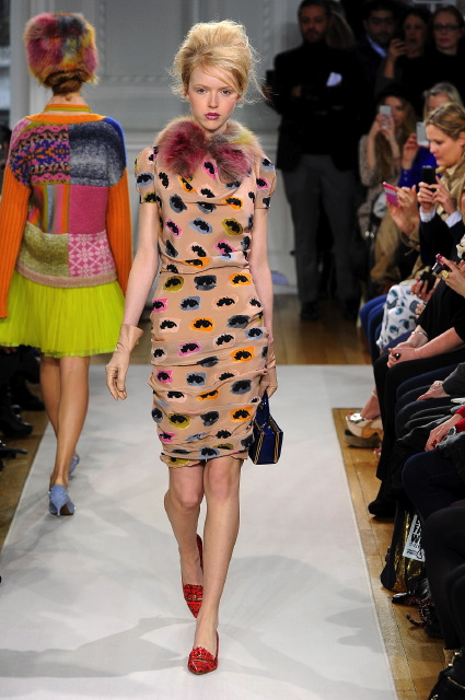 Moschino Cheap & Chic осень-зима 2012-2013 на London Fashion Week