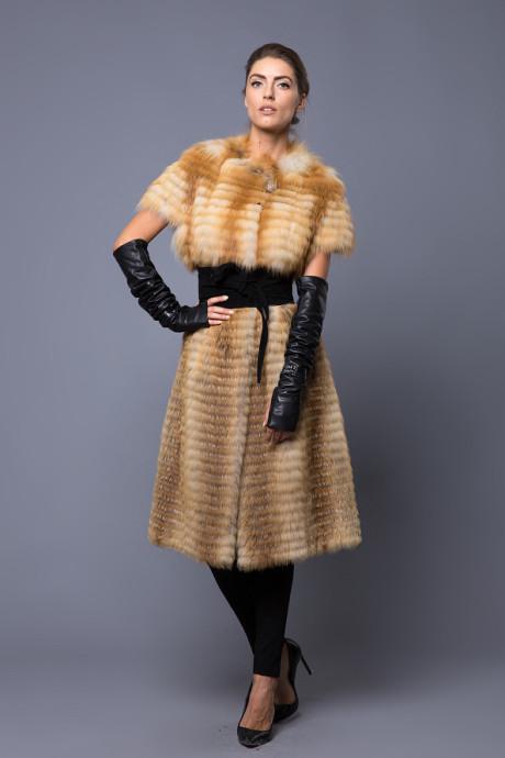 Итальянский жилет из меха лисы
