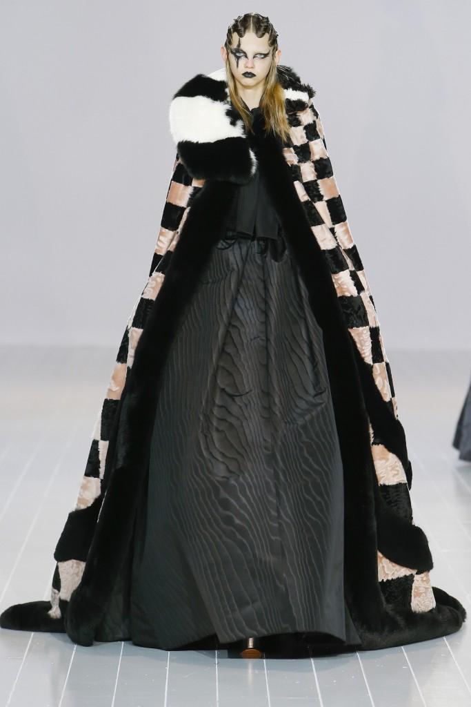 Шубы и меха осени 2016 от Marc Jacobs