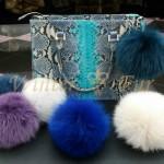 Цветные меховые помпоны на сумки и детские шапки от Winter Fur