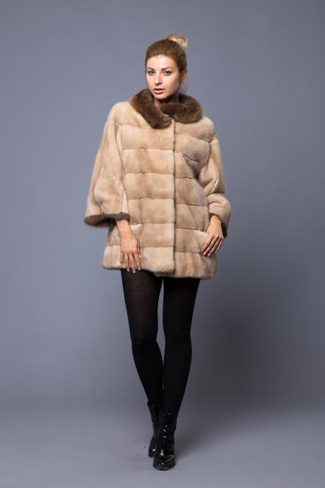 Итальянское норковое пальто с соболиным воротников цвета Sahara