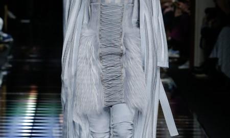 Меховая юбка от Balmain
