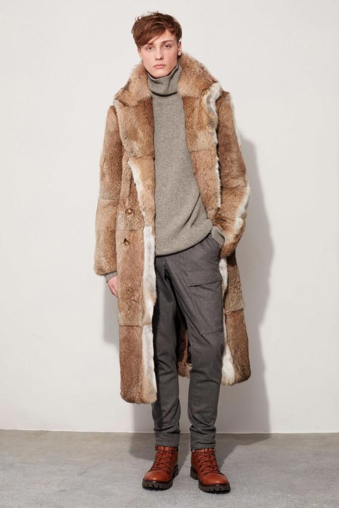 Меховое пальто осень 2016 от Майкла Корса