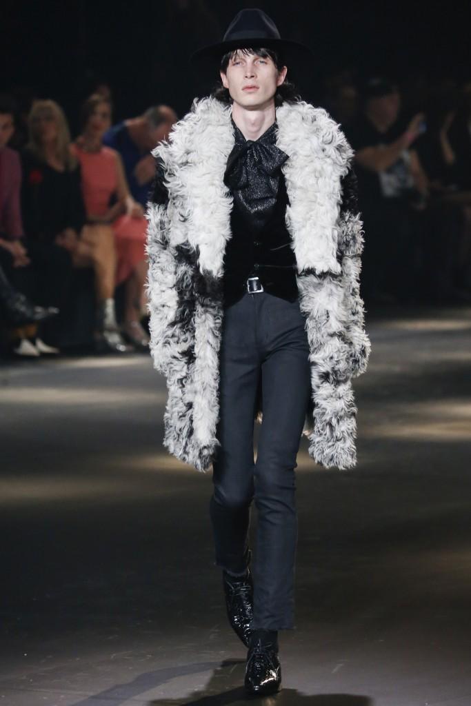 Мужское меховое пальто от Saint Laurent