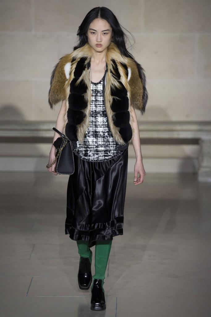 Меховая жилетка Louis Vuitton