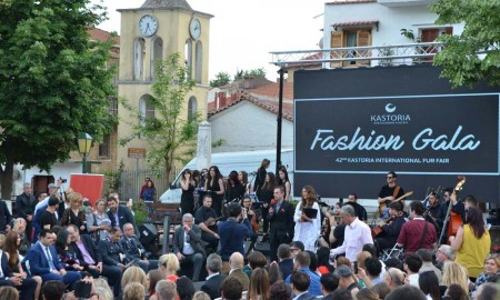 """Как проходила меховая выставка в Касторье """"42nd KASTORIA International Fur Fair"""". Фото и видео."""