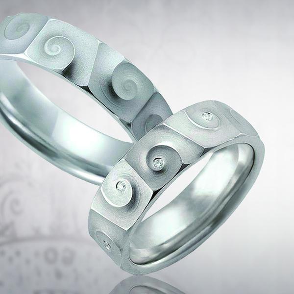 Обручальное кольцо 095