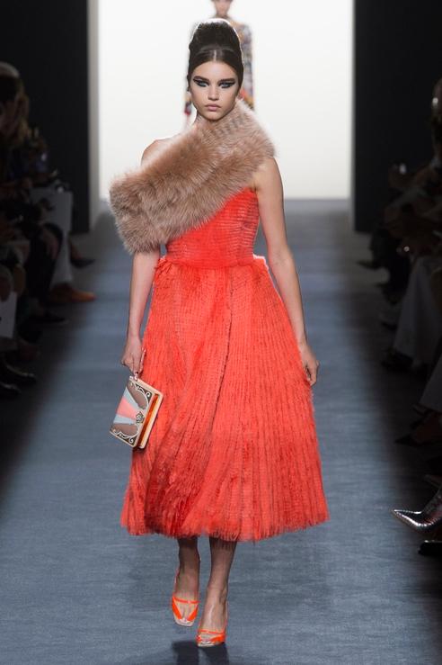 Платье с мехом от Fendi