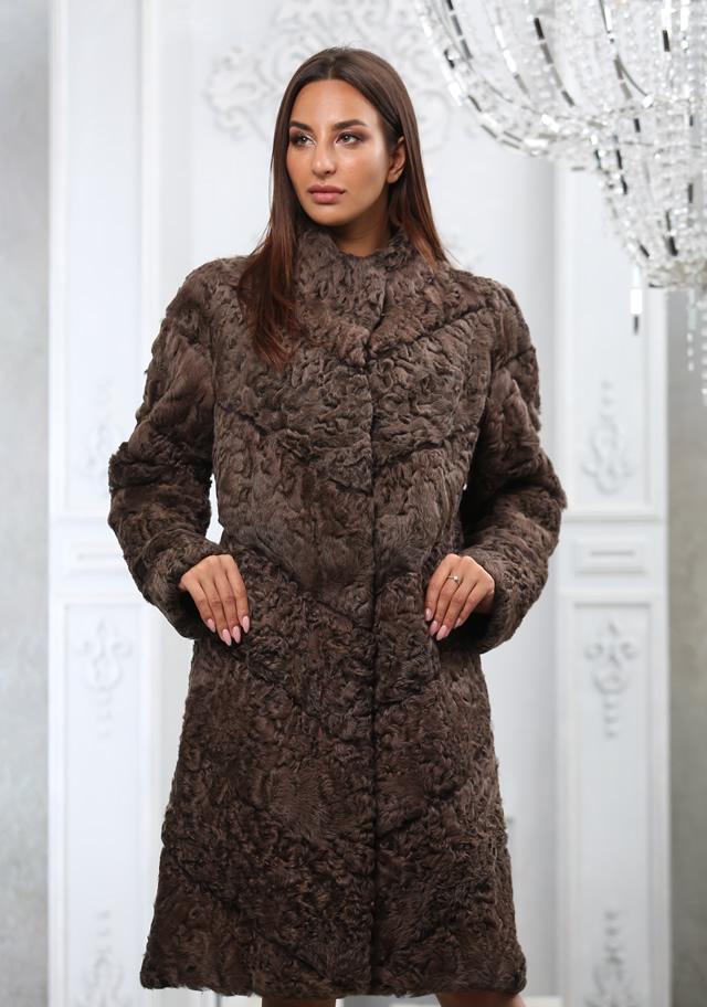 Пальто женское коричневое из меха каракуля