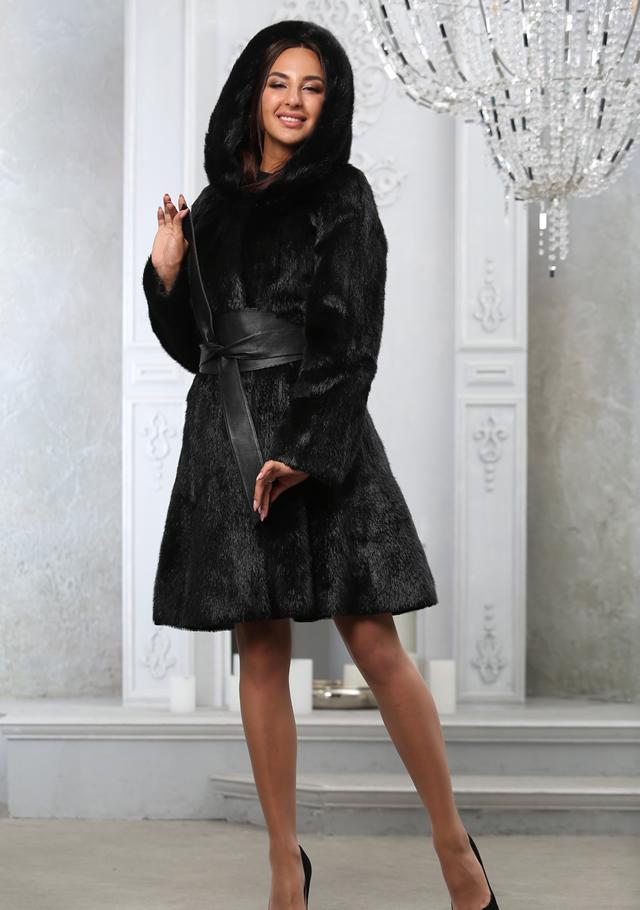 Черная норковая шуба от салона Мисс Лора в Киеве