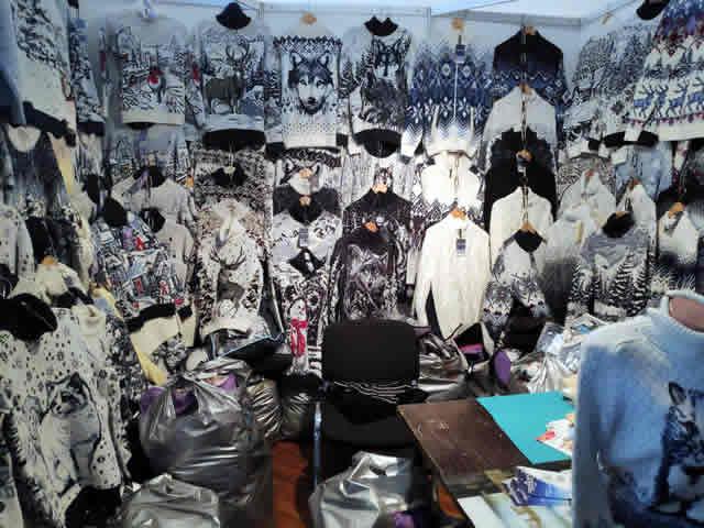 Свитера мужские, женские и детские в Киеве на выставке-ярмарке на ВДНХ