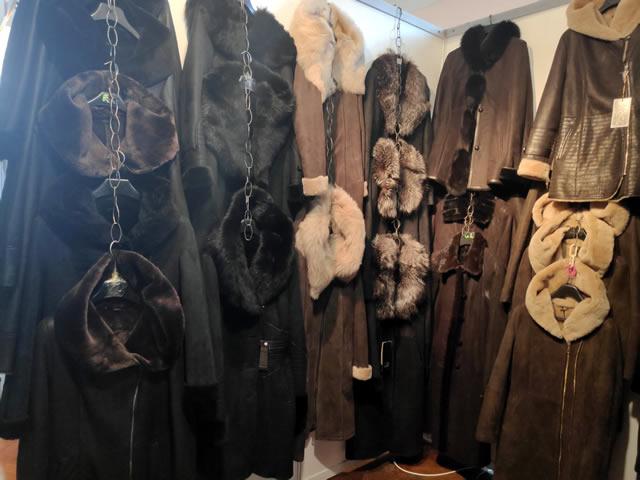 Мужские и женские дубленки на выставке-ярмарке меха в Киеве на ВДНХ