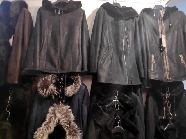 Купить осеннюю или зимнюю кожаную мужскую или женскую куртку на ярмарке