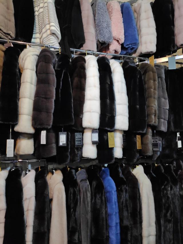 Купить модные шубы из норки в Киеве 2019-2020 на меховой выставке на ВДНХ