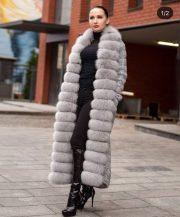 Трикотажное пальто с отделкой из песца - серый цвет