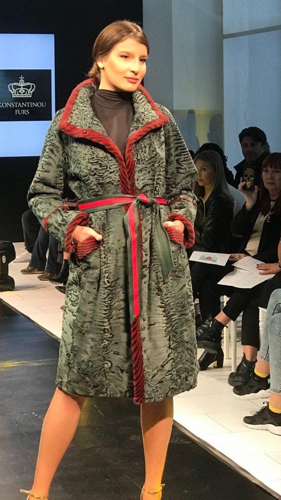 Меховое пальто из каракульчи из Греции
