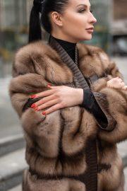 Шуба-пальто из соболя с отделкой из питона