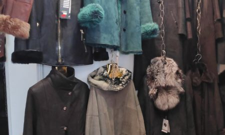 Дубленки осенние и зимние женские в Киеве - зеленые, черные, коричневые, серые