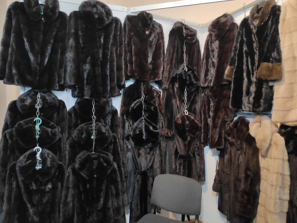 Купить шубу из норки блэклама в Киеве на выставке-ярмарке