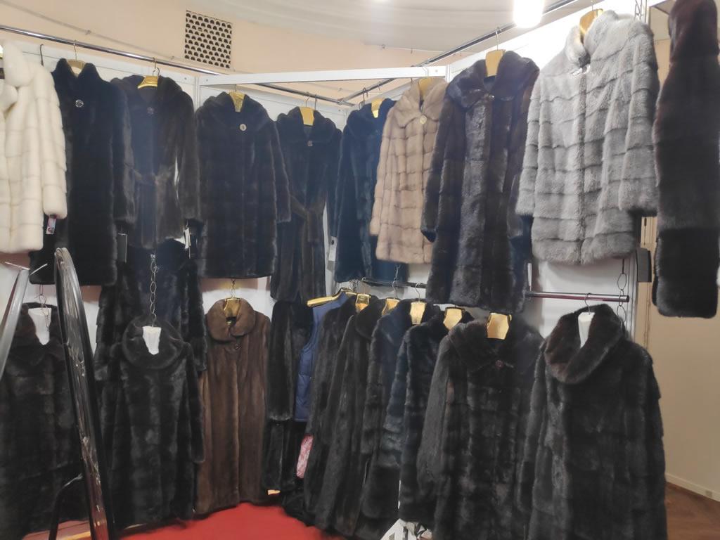 Шубы из норки в Киеве черные, паломино, серые, блэклама, блэкнафа, коричневые