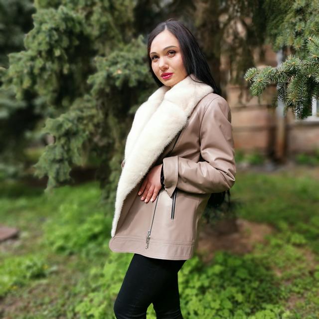 теплі осіння куртка для жінок Київ