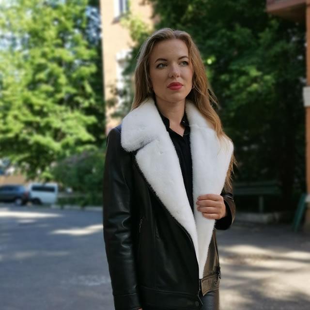 купити жіночу шкіряну куртку на ярмарці